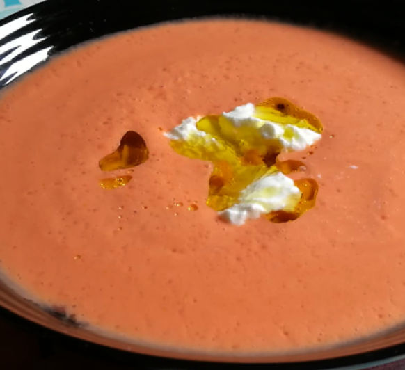 Sopa fría de tomate y yogur (Cocina Griega)