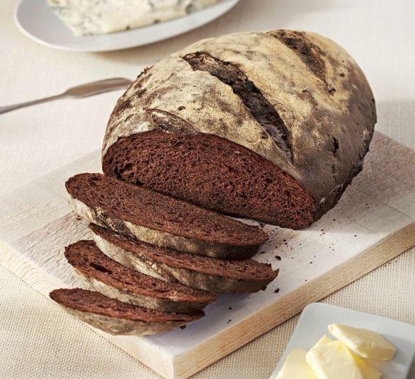 Pan de Cacao y fruta